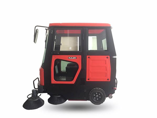 W2000全封闭扫地车 伟顿W2000全封闭扫地车,全封闭扫地机是国家高新技术产品,不怕风雨,超大容量,绿色环保,节能,是清扫者的保护伞,尽显风范.
