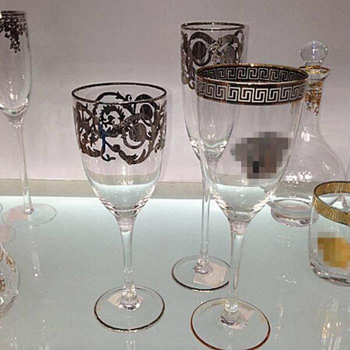 wine glass (champagne)